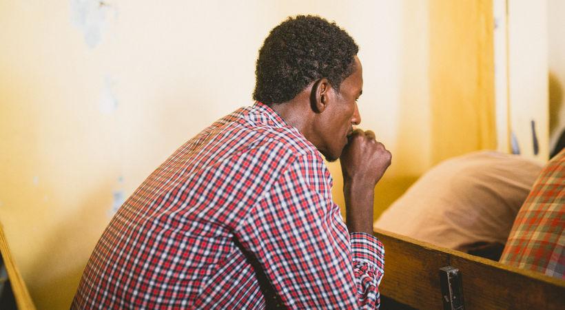 En gruppe blinde ungdommer i Eritrea forteller at de blir svært velsignet av å høre på kristne radiosendinger Norea støtter (Illustrasjonsfoto).