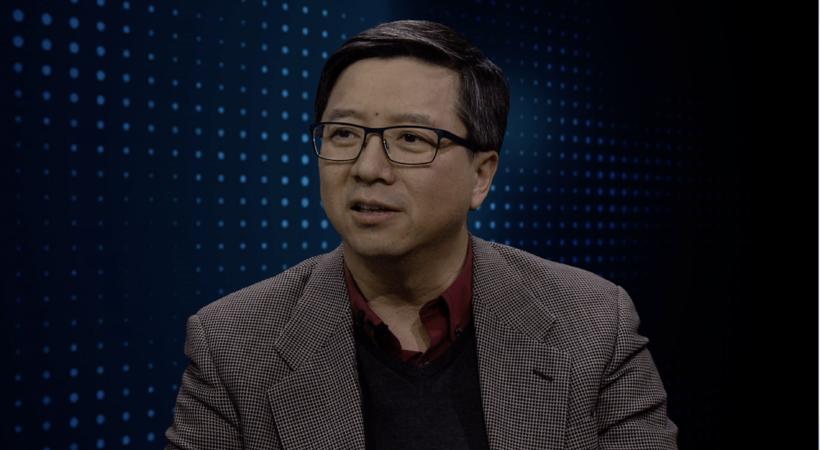 William Tsui leder SOTA-prosjektet, som Norea også støtter. Kinesere får blant annet teologisk opplæring gjennom radio i et samfunn hvor det å holde på troen kan være utfordrende.